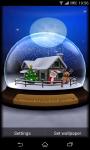 3D SnowGlobe Live Wallpaper screenshot 1/5