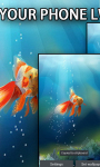 Goldfish In Your Phone LWP screenshot 2/3