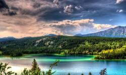 Beautiful Mountain Lake Pictures HD Wallpaper screenshot 3/6