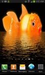 Giant Goldfish Live Wallpaper screenshot 2/3