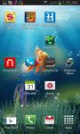 Goldfish In Deep Blue Sea Live Wallpaper screenshot 2/3