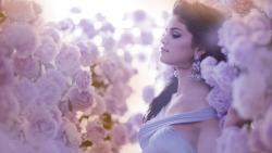 Beautiful Girls With Flowers Live HD wallpapers screenshot 5/6