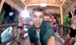 Justin Bieber Fanatic screenshot 2/6