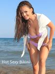 Brazzerz-Bikini Babes  screenshot 2/4